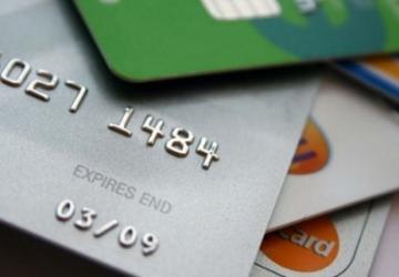 Yedi yıllık kredi kartı aidatını geri aldı