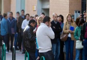 İspanya da işsizlik yüzde 55