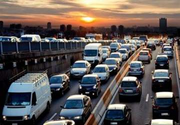 Otomobil satışları 2013te rekor kırdı