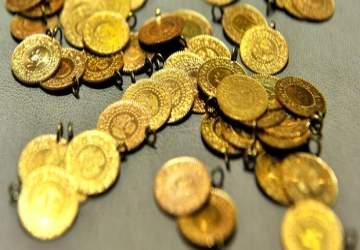 Altın 2,5 yılın en yükseğinde